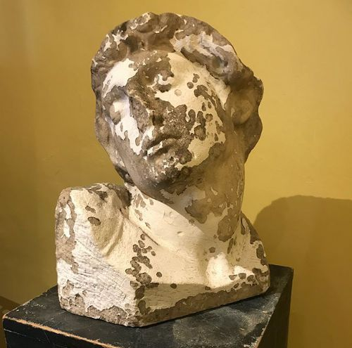carved stone bust of the dying slave