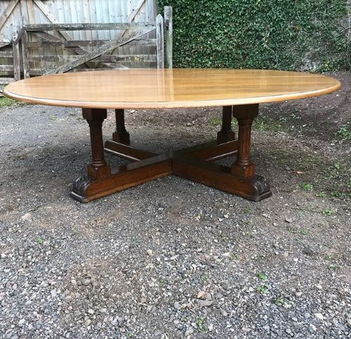 8ft diameter 19thc circular oak dining table on cruciform base
