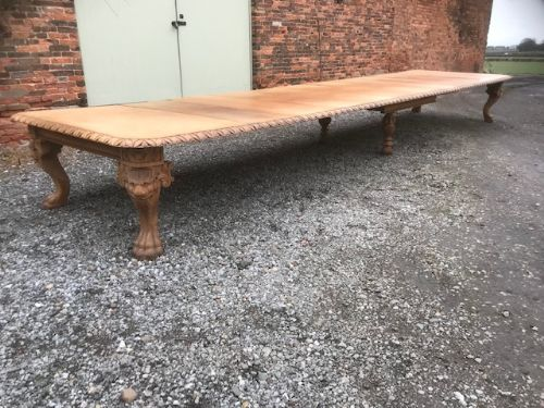 large mid 19thc telescopic extending oak table