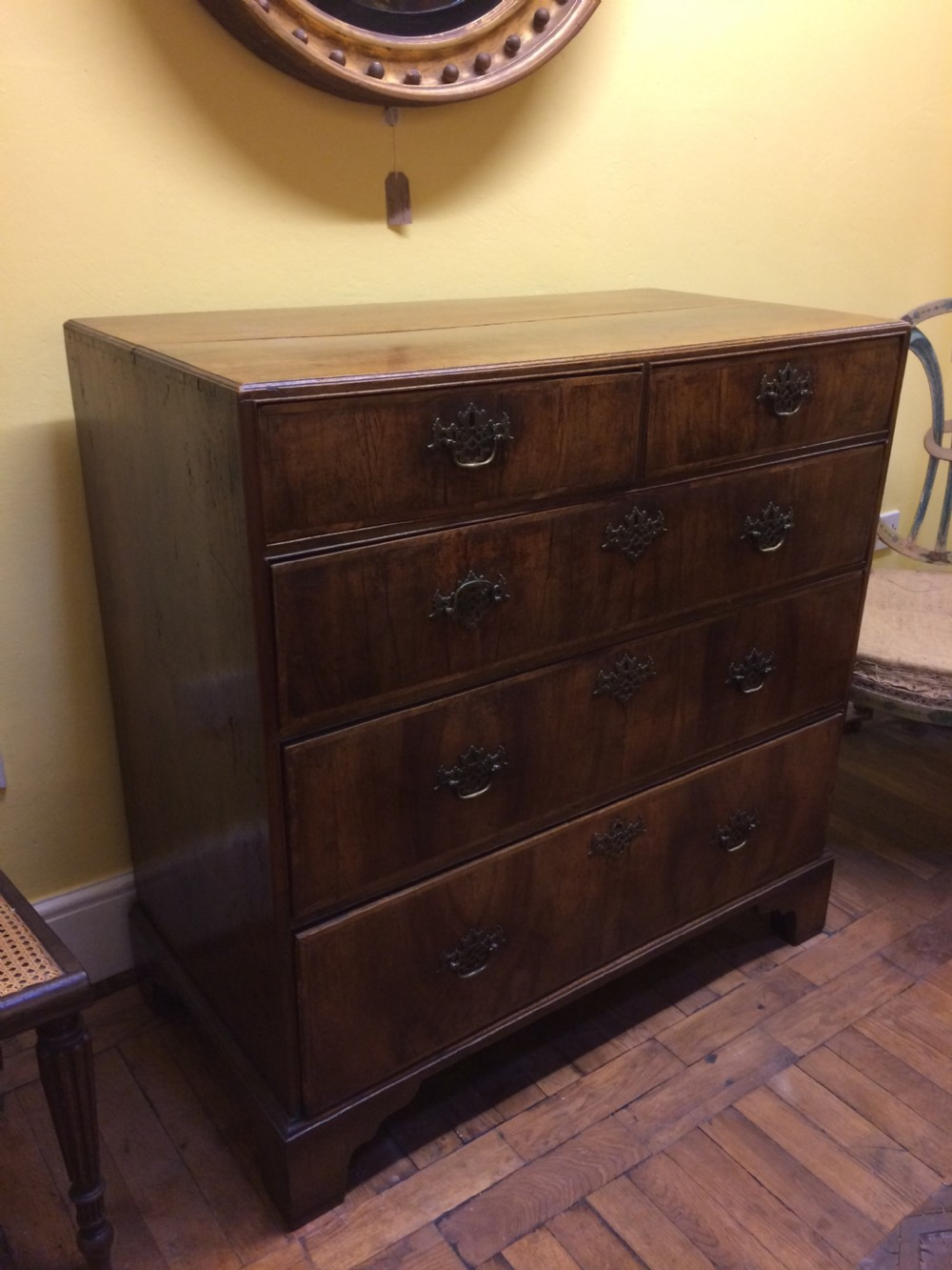 18thc walnut chest of drawers