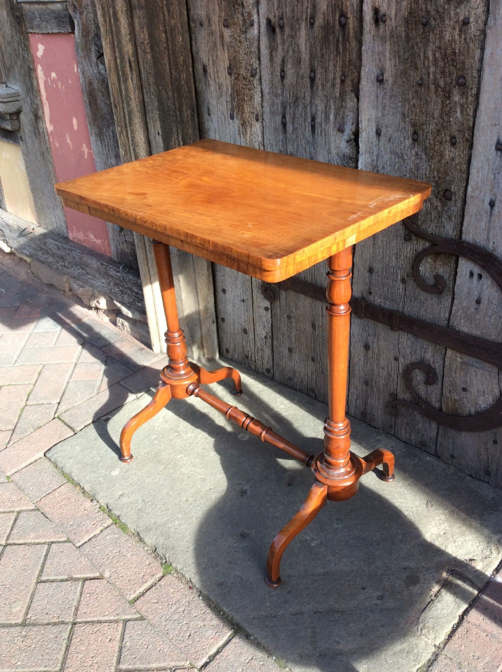 19thc satinwood lampend table