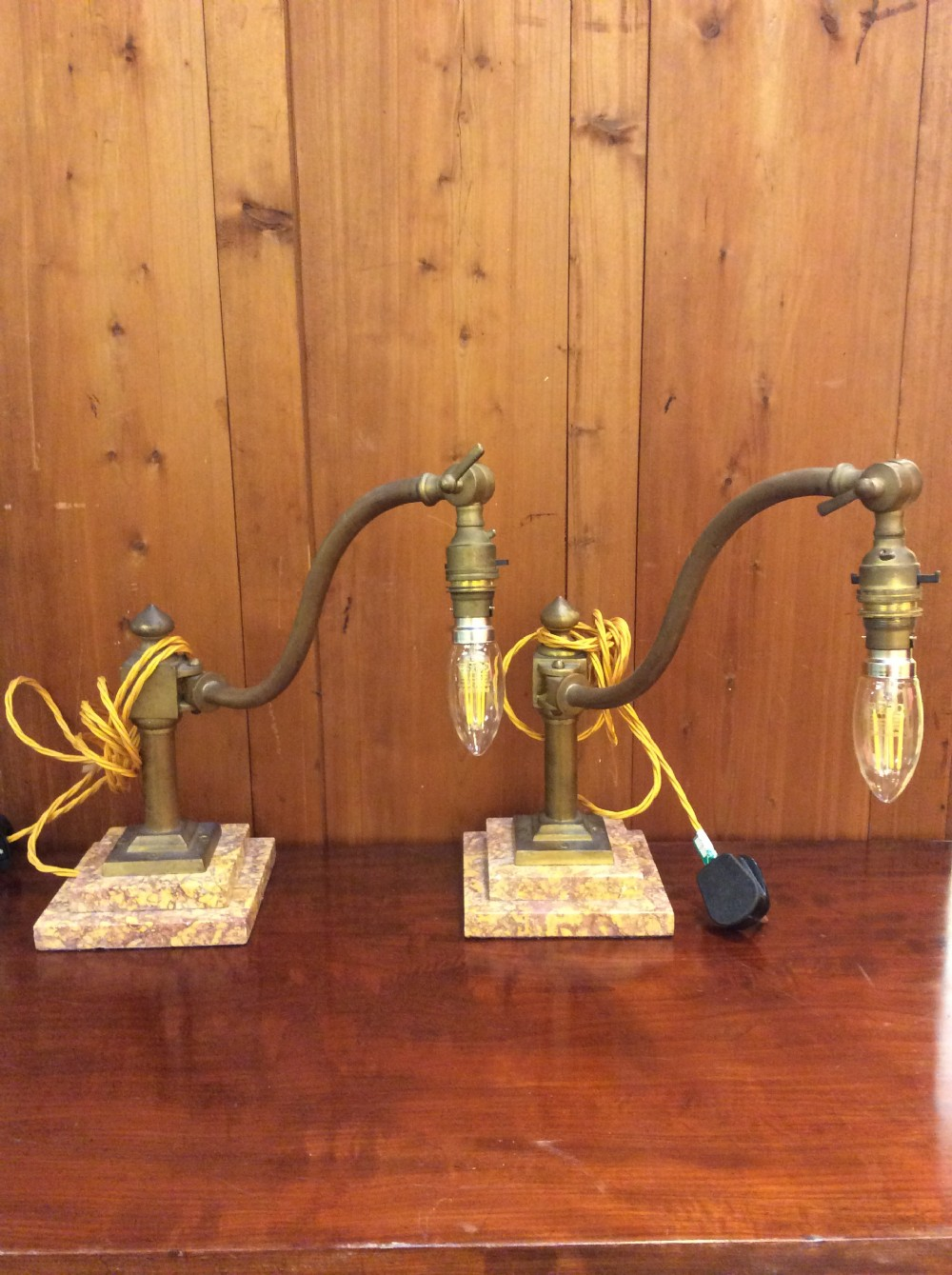 pair of desk table lamps